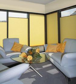 plissee ohne bohren und mit schrauben am fenster montieren plissee. Black Bedroom Furniture Sets. Home Design Ideas